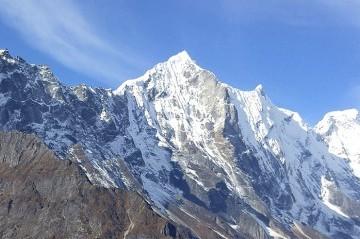 Mt. Kyazo Ri Peak Climbing