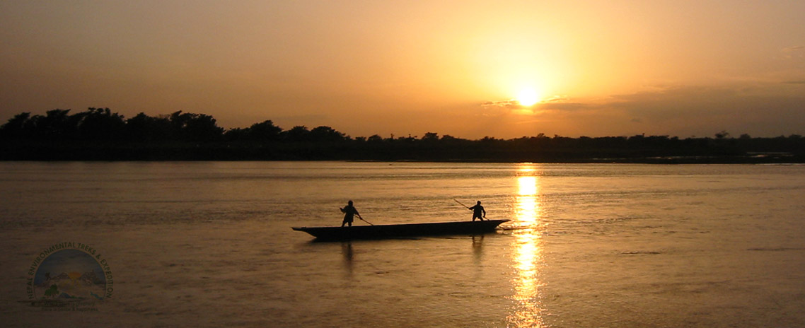 Boating in Rapti River (Chitwan National Park)