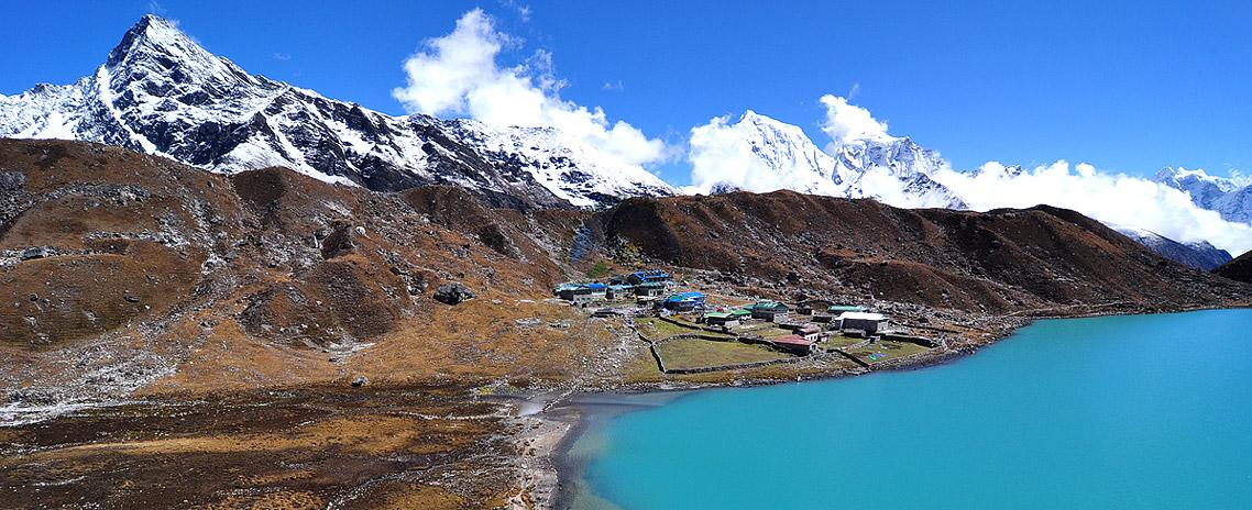 Gokyo-Chola Pass with Everest Base Camp